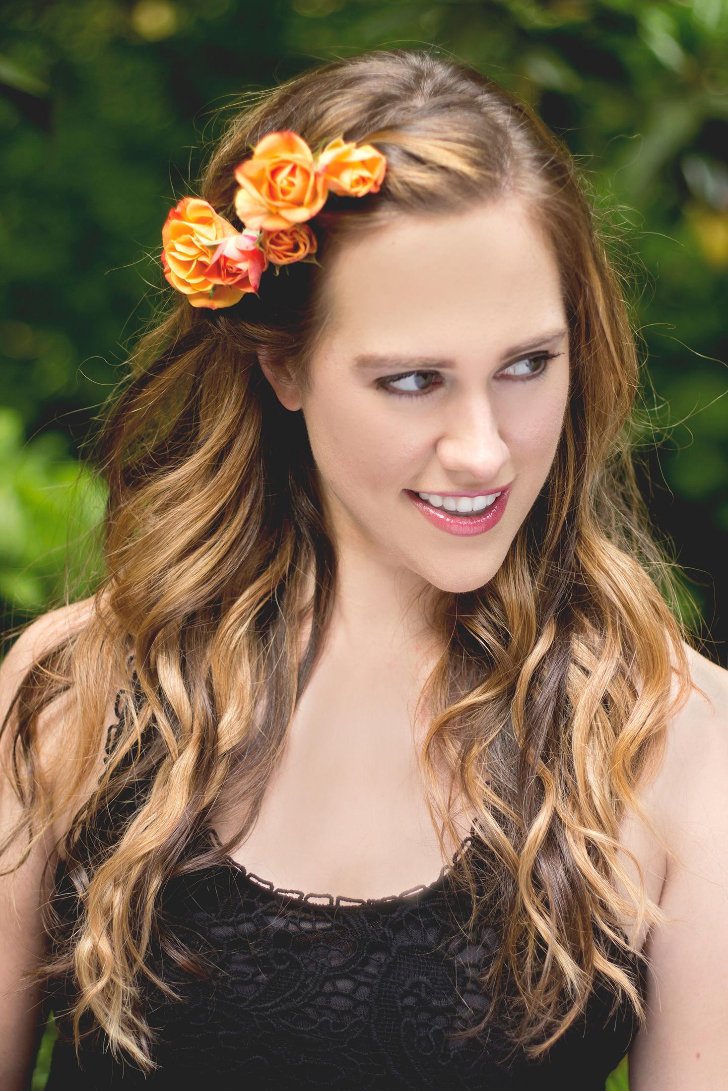 Flower Hair Ideas - Katherine Chloe Cahoon A