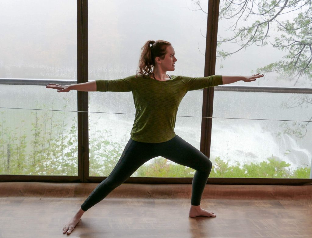 Five Reasons Why I Love Taking Yoga E